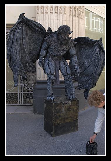 16-05-2009-artistas-en-la-calle1-1