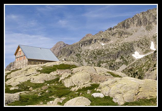 11-07-2009-haciendo-senderismo-por-el-pirineo_37