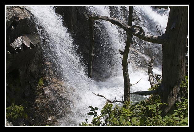 11-07-2009-haciendo-senderismo-por-el-pirineo_58