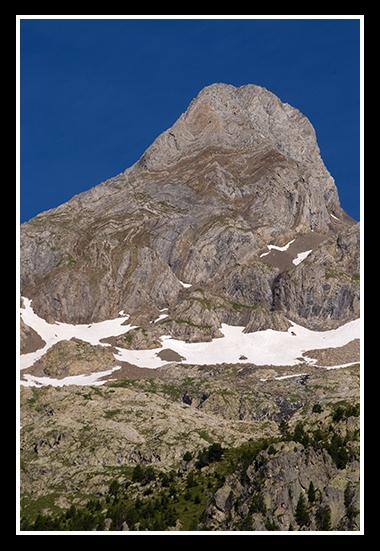 11-07-2009-haciendo-senderismo-por-el-pirineo_9