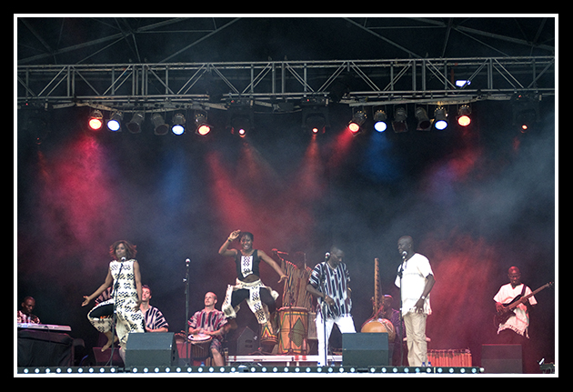 11-07-2009-makumba-beat_14