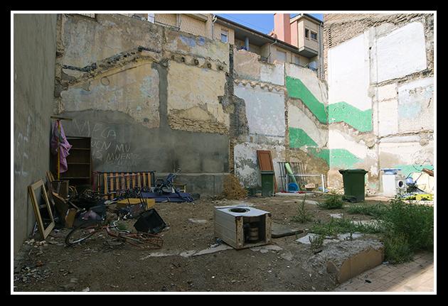 09-08-2009-calles-de-zaragoza-vii_149