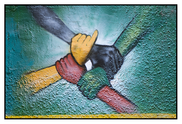 2009-08-13  Juntemos todas las manos