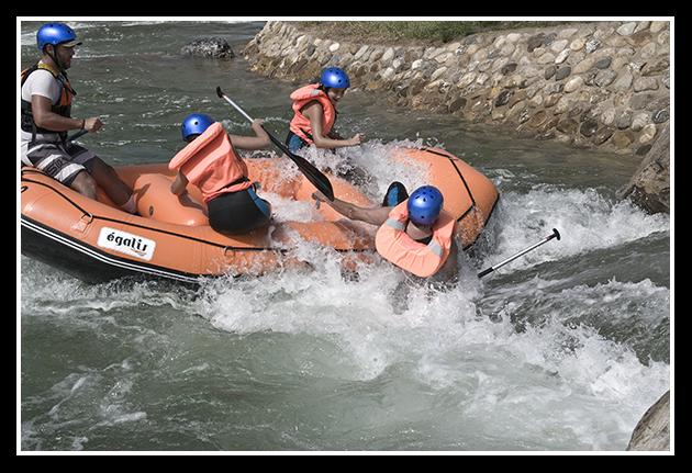 2009-09-06  Piraguismo en aguas bravas (1)