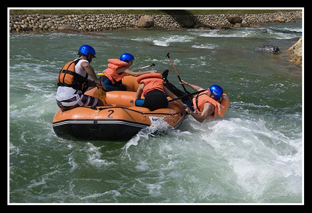 2009-09-06  Piraguismo en aguas bravas (3)
