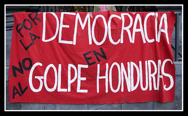 2009-09-15 por la democracia en honduras_4