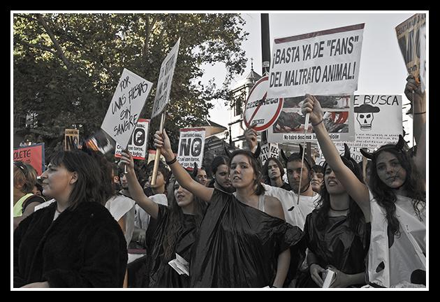 2009-10-11 Manifestación antitaurina_51