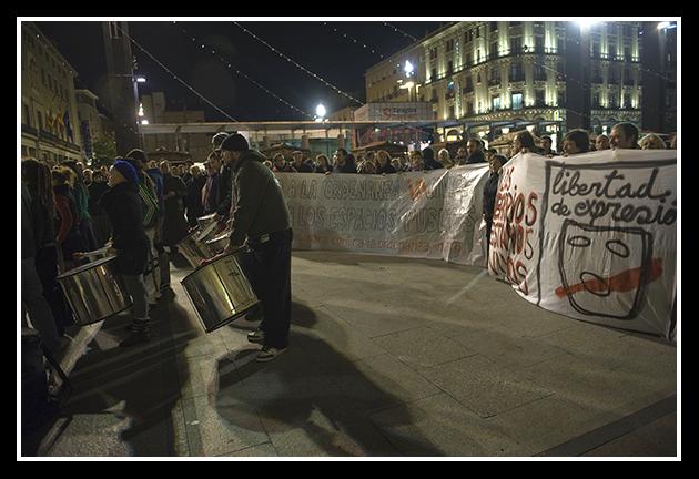 2009-12-03 concentración contra las ordenanzas cívicas_23