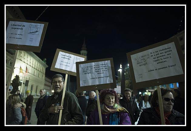 2009-12-03 concentración contra las ordenanzas cívicas_6