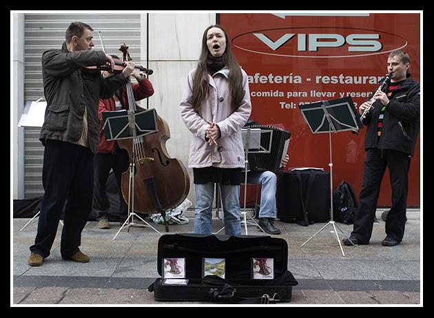 2009-12-05 artistas en la calle_29