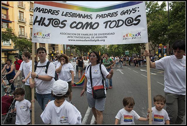 2014-06-28  gay-les._19