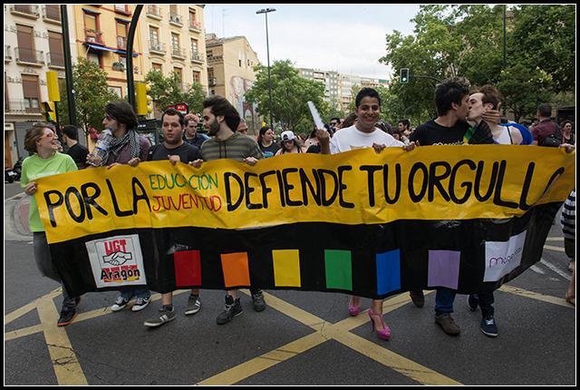 2014-06-28  gay-les._25