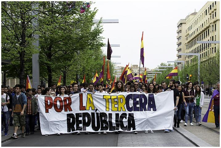 2015-04-14 día república_51