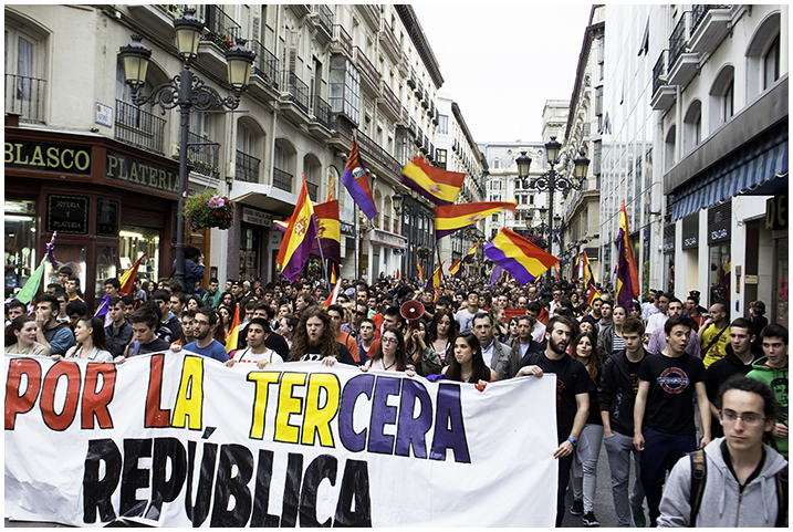 2015-04-14 día república_92